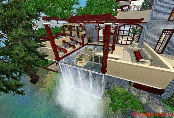 Открытая тераса с бассейном